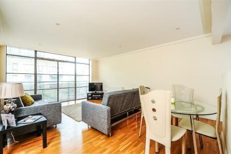 Ferry Quays, 6 Ferry Lane, lONDON. 2 bedroom apartment