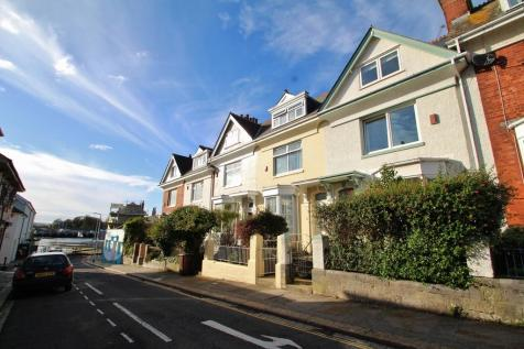 Admirals Hard, Plymouth. 3 bedroom terraced house