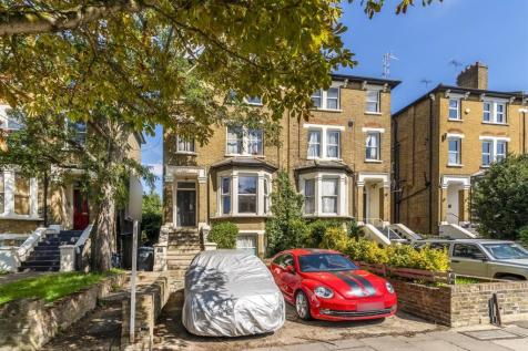Churchfield Road, London. 2 bedroom ground floor flat for sale