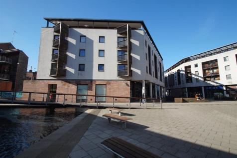 Benedictine Court, Priory Place, City Centre, Coventry. 3 bedroom apartment for sale