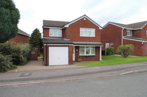 12 Irk Vale Drive, North Chadderton, OL1 2TW. 4 bedroom detached house