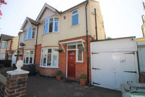 Argyll Avenue, Luton. 3 bedroom semi-detached house