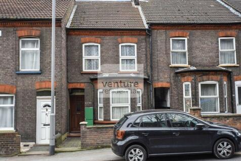 Hitchin Road, Luton. 2 bedroom flat