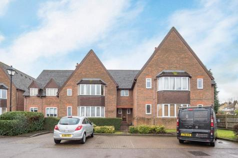 Westminster Court Grove Road AL5. 2 bedroom apartment