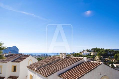 Valencia, Alicante, Calpe. 2 bedroom town house for sale