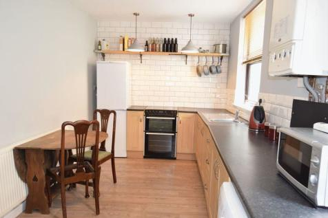 Fore Street, Chard. 1 bedroom terraced house