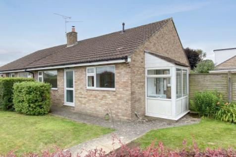 Linkhay Orchard, South Chard. 3 bedroom semi-detached bungalow