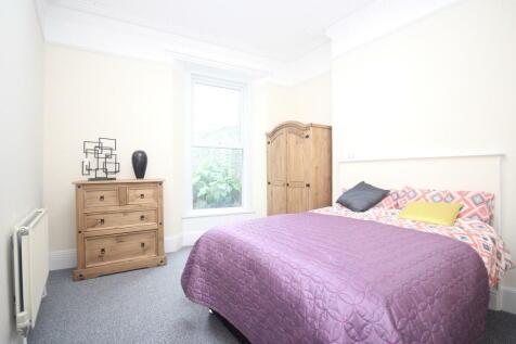 Furzehill Terrace, Mutley. 1 bedroom house share