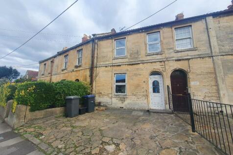 The Down, Trowbridge. 2 bedroom terraced house