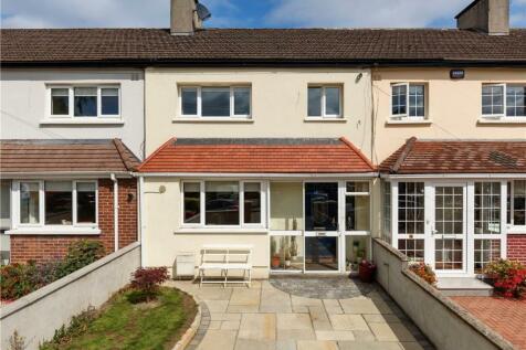 6 Conor Clune Road, Navan Road (D7), Dublin 7, D07 YD45. 3 bedroom terraced house for sale