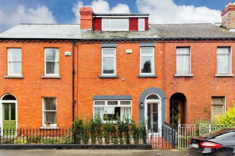 4 Woodville Road, Drumcondra, Dublin 9, D09 X5X5. 2 bedroom terraced house for sale
