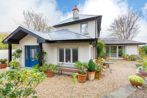 Clifton Lodge, Corbawn Lane, Shankill, Co Dublin, D18 W281. 3 bedroom detached house for sale