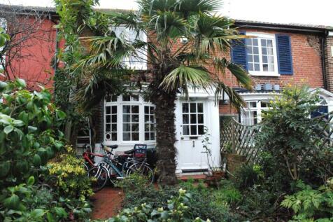 Crown Gardens, Brighton. 2 bedroom property