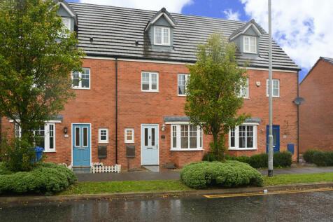 Bretton Avenue, Warrington, Cheshire. 4 bedroom town house for sale