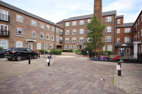 Milliners Court, Lattimore Road, St Albans, AL1. 2 bedroom apartment