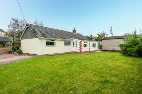Seagulls, St Brides Wentlooge, Newport, NP10 8SR. 3 bedroom detached bungalow for sale