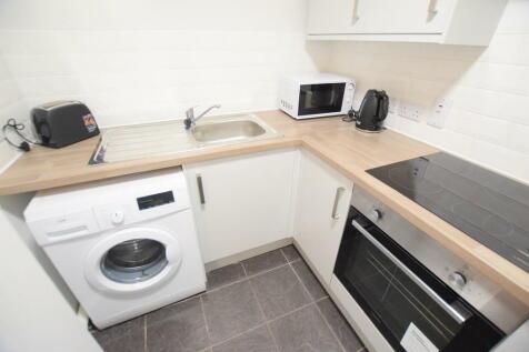 Grantavon House - Student Apartment - 21/22. 2 bedroom flat share