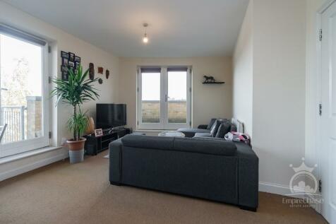 King George Crescent, Wembley, Middlesex, HA0. 1 bedroom flat