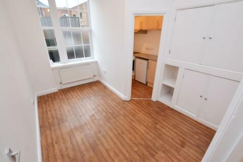 Angel Place, Worcester. 1 bedroom flat