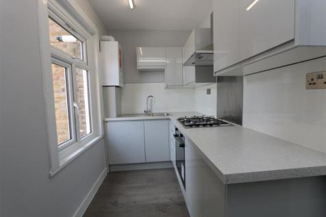 College Road, Bromley. 2 bedroom flat