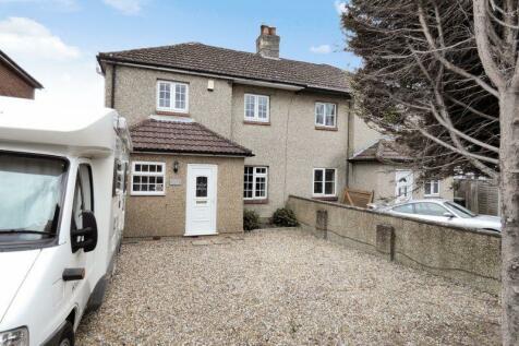 Bursledon, Southampton. 4 bedroom semi-detached house