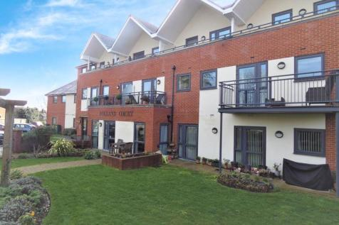 Folland Court, Hamble, Southampton, SO31. 2 bedroom penthouse for sale