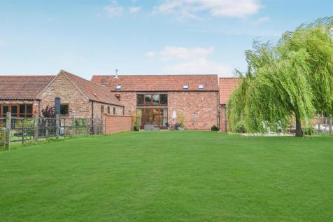 Maltkiln Road, Fenton, Lincoln. 4 bedroom barn conversion