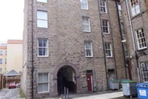105a 3/1 Nethergate, Dundee,. 6 bedroom flat