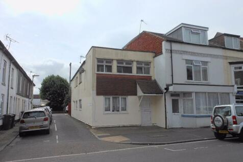 Stoke Road,Gosport,PO12. 2 bedroom flat