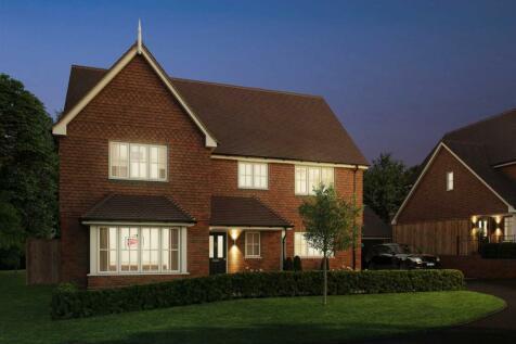 Saffron Grove, Blackness Road, Crowborough. 4 bedroom detached house for sale