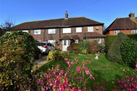 Alderbrook Close, Crowborough, East Sussex, TN6. 4 bedroom semi-detached house for sale