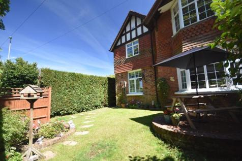 Barrow Lane, Langton Green, Tunbridge Wells. 3 bedroom property