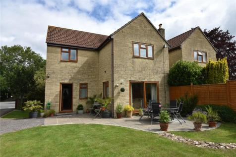 Berkley Road, Frome, Somerset, BA11. 4 bedroom detached house