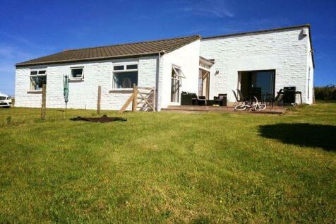 St. Minver, Wadebridge. 3 bedroom detached bungalow