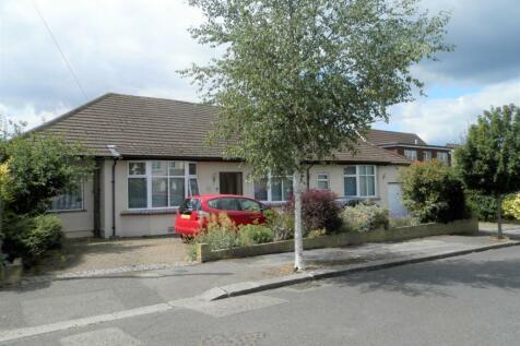 Wykeham Avenue, Hornchurch, Essex. 5 bedroom detached bungalow for sale
