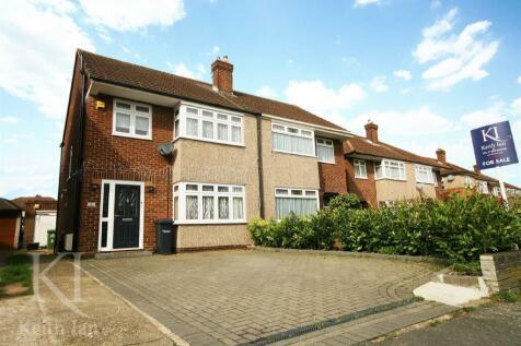 Long Moor, Cheshunt. 5 bedroom semi-detached house for sale