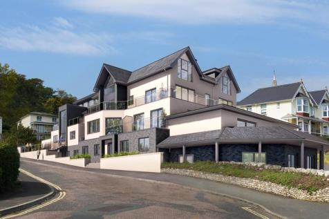 Chine Avenue, Shanklin. 3 bedroom apartment for sale