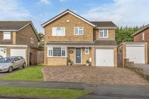 Princess Drive, Seaford. 5 bedroom detached house for sale