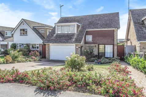 Lexden Drive, Seaford. 3 bedroom detached house for sale