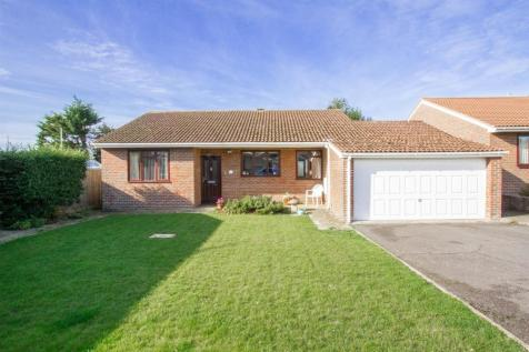 Ladycross Close, Seaford. 3 bedroom detached bungalow for sale