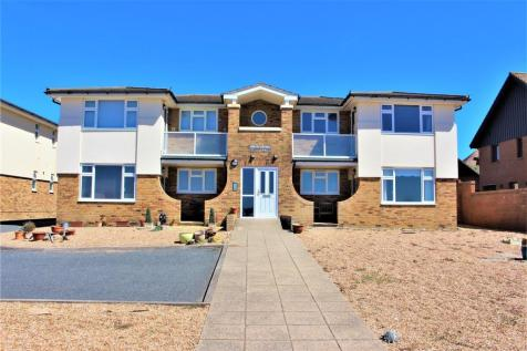 West beach Court, Marine parade, Seaford. 2 bedroom flat for sale