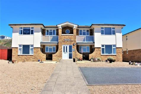 Marine Parade, Seaford. 2 bedroom flat for sale