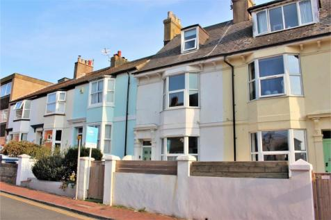High Street, Seaford. 3 bedroom house for sale