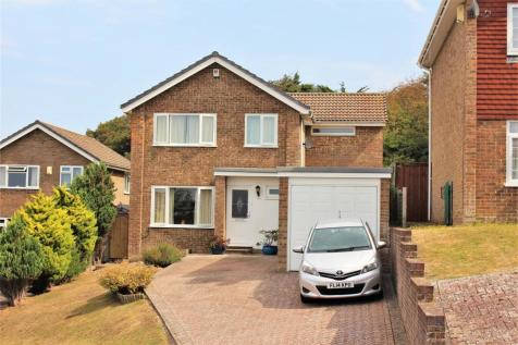 Beacon Drive, Seaford. 4 bedroom detached house for sale