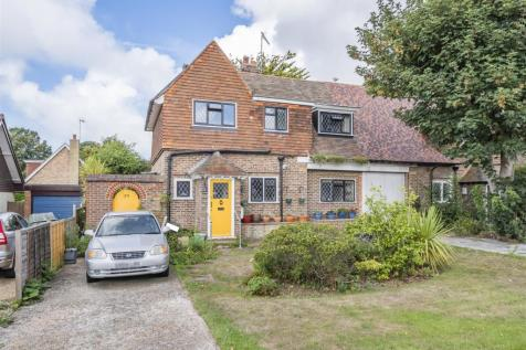 St. Peters Road, Seaford. 3 bedroom semi-detached house for sale