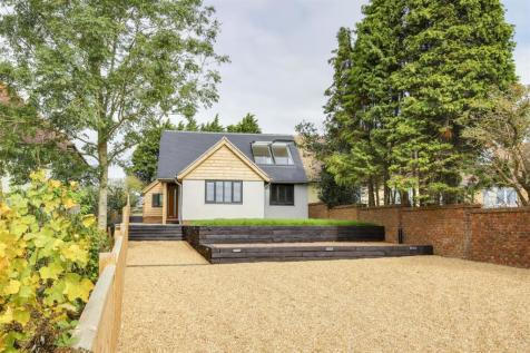 Truleigh Hill, Shoreham-By-Sea. 3 bedroom chalet for sale