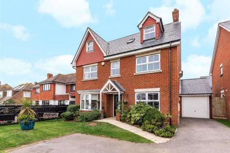 Whiteley Close, Seaford. 5 bedroom detached house for sale