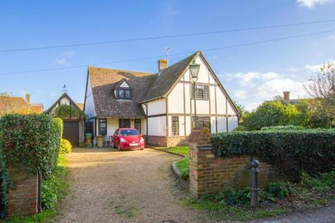 Chyngton Lane, Seaford. 4 bedroom detached house for sale