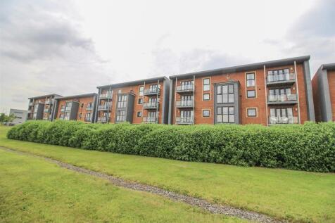 Elmwood Park Court, Great Park, Newcastle Upon Tyne. 2 bedroom apartment