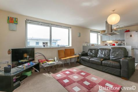City View, Axon Place, IG1. 2 bedroom flat